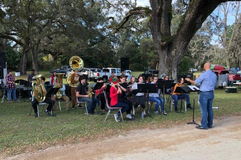 Chiefland School Band Performance